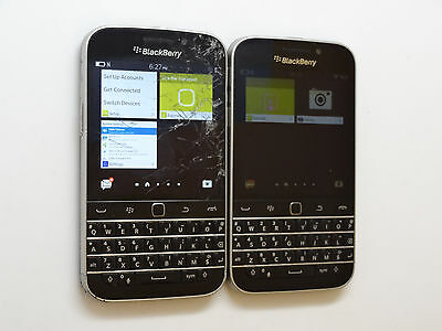 Lot of 2 BlackBerry Classic Q20 SQC100-4 16GB Smartphones Both Power On AS-IS