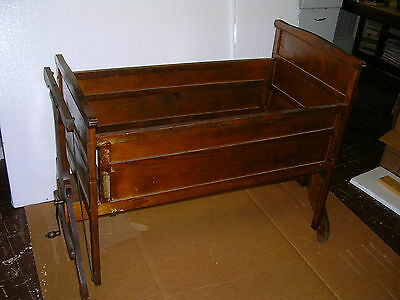 """""""RARE FIND""""1920s AUTOMATIC CRADLE,""""LULLABYE FURNITURE MFG.CO"""".STEVENS POINT WIS."""