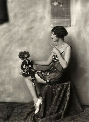 Lenci Fadette UNSIGNED photo - H6423 - Ziegfeld Girl