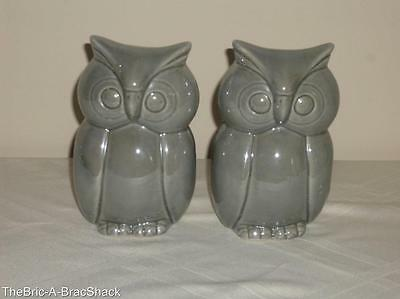 """PAIR Vintage BRAZIL Hand Painted GRAY Ceramic/Pottery 5 1/2"""" Tall OWLS Figurines"""