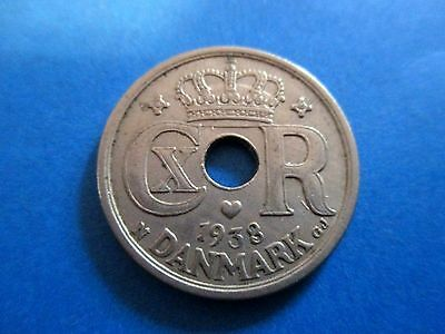 Denmark 25 Ore 1938  Lightly Circulated  (99 cents shipping)