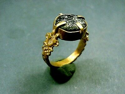 Ancient Gold & Glass Ring Byzantine 400-600 Ad