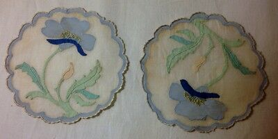 """Two Absolutely Adorable Doilies Applique Work Embroidery Scalloped Edges Hem 6"""""""