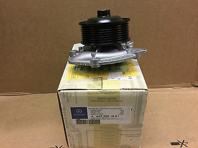 Brand New Genuine Mercedes W251 R Class 280/300 Cdi Water Pump A6422001001 Ann