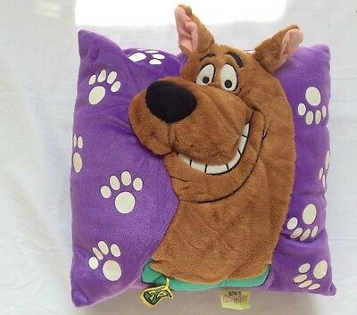 Scooby-Doo Plush Throw Pillow with Hanging Dog Tag (3-D) Cartoon Network