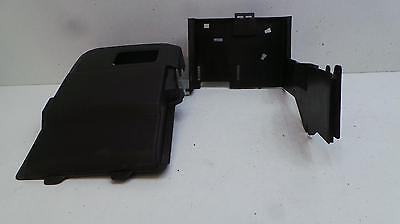 2005 Volvo V50 Battery Cover  30667535