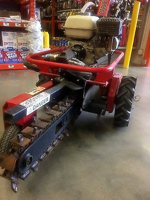 """Barreto Hydraulic trencher 18"""" Self propelled w/29hr only on it"""