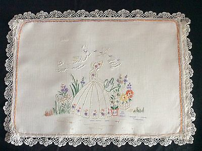 Lovely Vintage Linen Hand Embroidered Nightdress Case ~ Crinoline Lady/lace