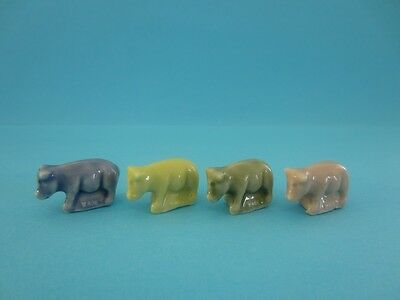 Lovely Miniatures Wade Lil' Bits *blue, Yellow, Pink And Green * Pigs, 2005