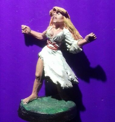 11-501 Damsel only female human ral partha miniture ravenloft ad&d