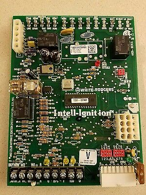 White-Rodgers circuit board 50V61-507-02..D341420P01..CNT03078