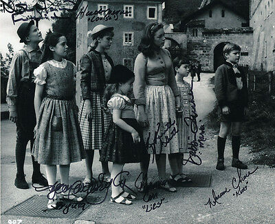 The Sound Of Music Photo Signed by All 7 Kids - J1222 - BRILLIANT!!!!!