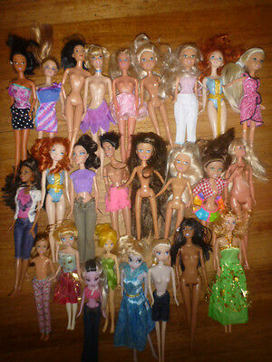 assorted dolls x 25