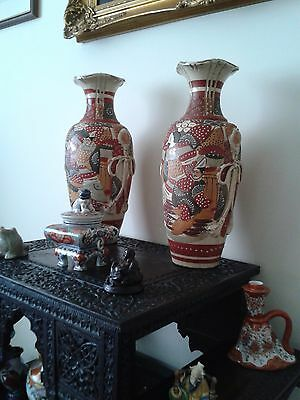 Pair Of Japanese Vase
