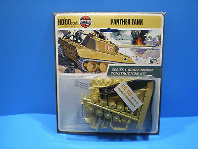German Panther Tank by Airfix kit # 1302 HO/00 scale 1973 sealed kit