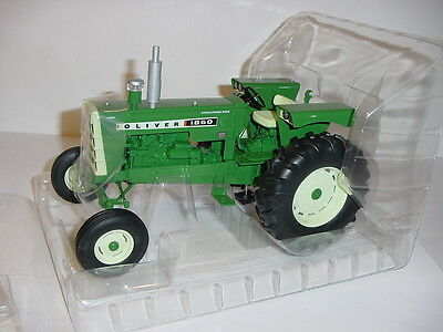 "1/16 Oliver 1850 ""High Detail"" Tractor by SpecCast NIB!"
