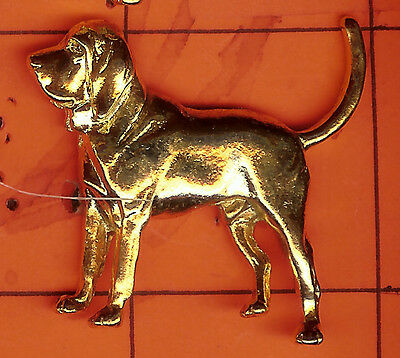 Bloodhound     Shaped     Gold  Pins