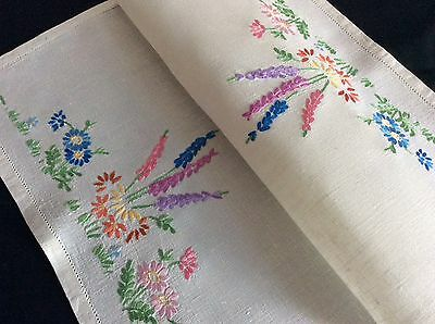Pretty Vintage Linen Hand Embroidered Tray Cloth ~ Raised Florals