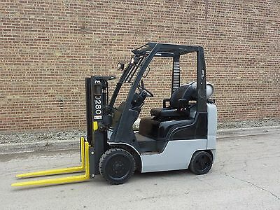 Nissan MCPL02A20LV 2 Stage Forklift Lift Truck LP 3240lb Capacity