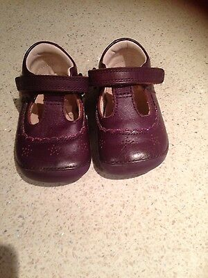 Clarks girls first shoes Size 3G