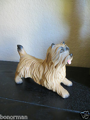 BESWICK  Dog Figurine Norwich Terrier? Silky Terrier? - Excellent