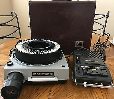 Kodak Carousel Ektagraphic Slide Projector Model B-2AR
