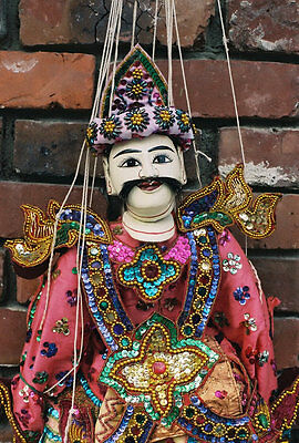 "MARIONETTE  ""THE KING"" from MYANMAR (BURMA)"