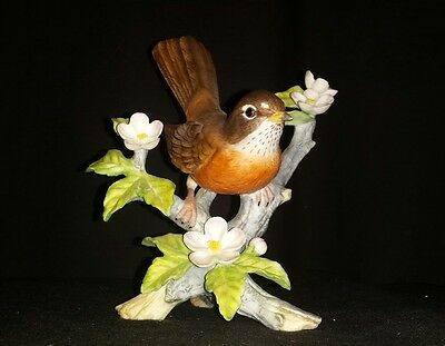Heritage Collection Robin's Nest Fine Porcelain #6801 Figurine