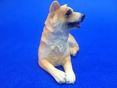 Collectible Poly Resin Statue Figurine Pet Home Decoration Akita Dog Doggy