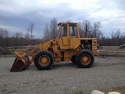 CAT 930 Loader 2 1/4 yd bucket 3rd valve