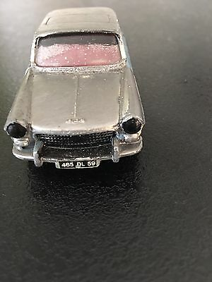 Peugeot 404 #553 Dinky Toys 1/43 Meccano