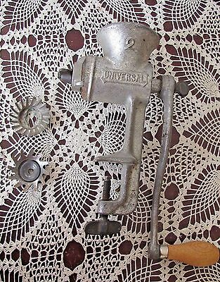 Vintage Universal #2 Cast Iron Meat Grinder Made in USA