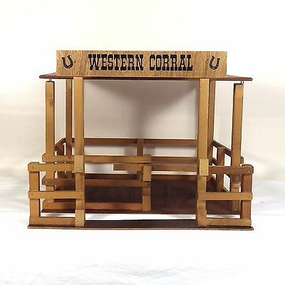 Vintage 1970's Oakland Toy Company Wooden Western Corral Breyer Horses