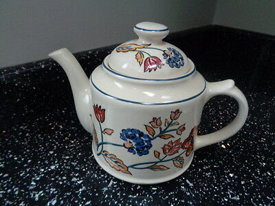 BOOTS CAMARGUE SMALL TEAPOT - excellent