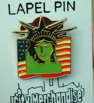 old Vintage New York City COOL GREEN Statue of Liberty US Flag glossy lapel pin
