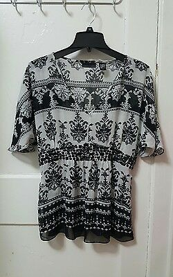 Women's Apostrophe Black White Floral Top Shirt Blouse Cover up Size Small S