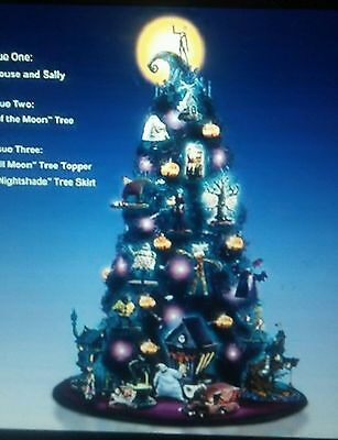 Nightmare Before Christmas - 2 Piece Jack's House Sally Ornament Set Issue #1
