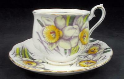 Royal Albert FLOWER OF THE MONTH Cup & Saucer March Daffodil GREAT CONDITION