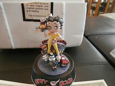 Franklin Mint Betty Boop Diner Waitress Sculpture Dome with COA