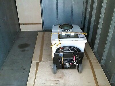 cobra-H portable carpet/floor cleaning extractor