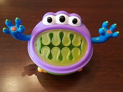 Nuby 3-D Monster Snack Keeper CUTE
