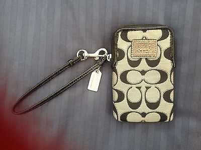 Coach Poppy Wristlet Phone/Wallet with Charm
