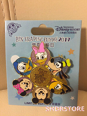 Limited 1200 Le Disney Pin 2017 First Pintrading Day Shanghai Disneyland Park