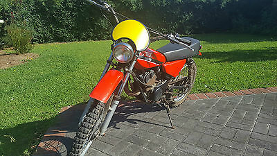 BARN FIND Yamaha MX 100 - One owner - 25 + Year Old - In Running Condition....