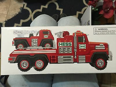 HESS Fire Truck and Ladder Rescue 2015 NIB