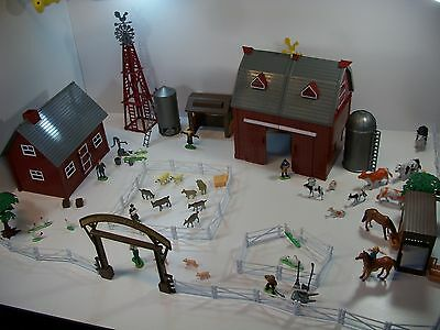 Toy Farm Animals, Buildings and More. Large lot Farm Toys. Country Farm Animals.