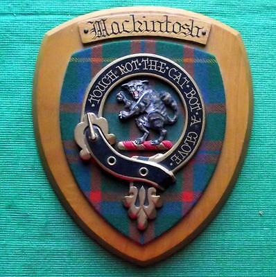 Vintage Old Scottish Clan Mackntosh Tartan Heavy Oak Plaque Crest Shield B