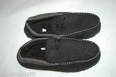 Mens Slippers BLACK MOCCASIN STYLE Gray Trim SHERPA LINED Rubber Soles S 8-9