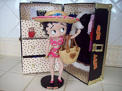 Danbury Mint Betty Boop Wardrobe Collection Doll Trunk Outfits & Accessories