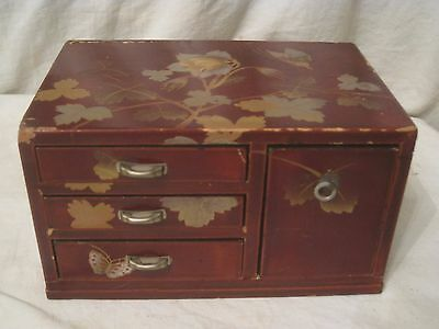 small vintage miniature Tansu box S.B. occupied Japan  Lacquer jewelry  4 drawer